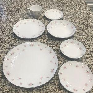 noritake china 7 piece setting